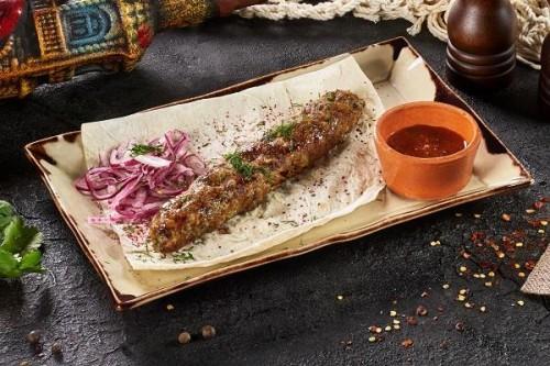 Люля-кебаб из свинины и телятины